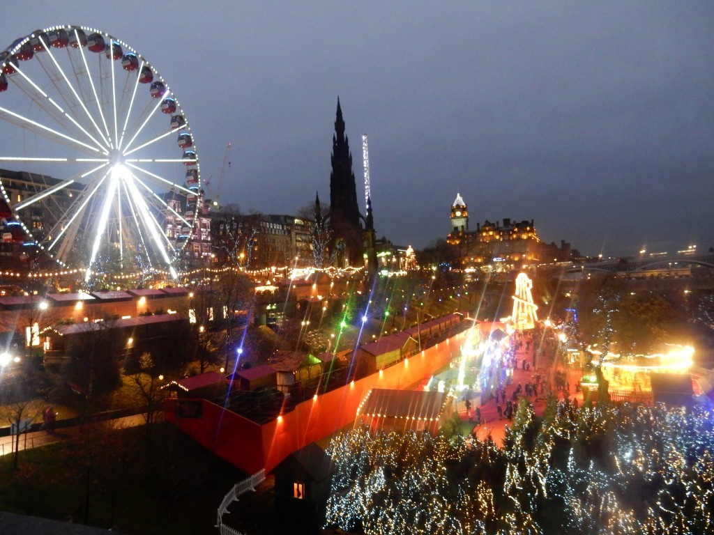Christmasmarket Edinburgh - Chez Bo