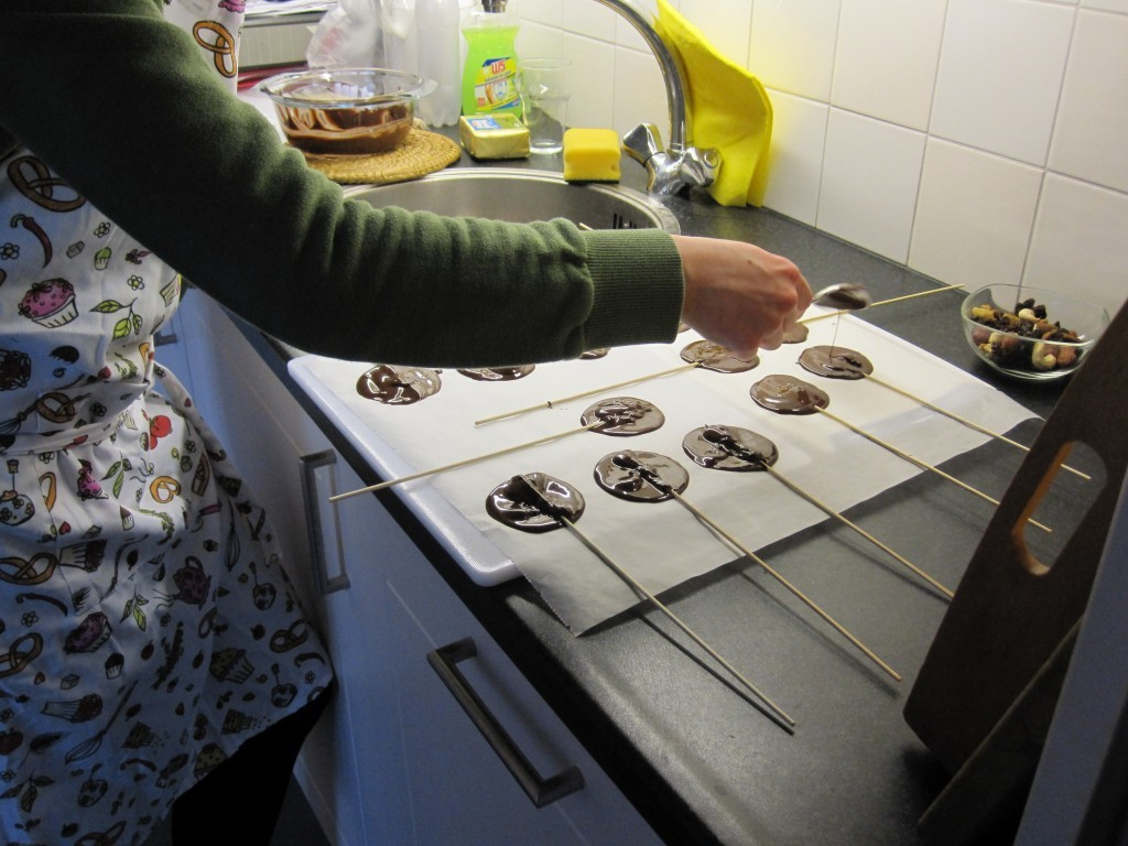 Chocolade Lolly's maken - www.chezbo.nl